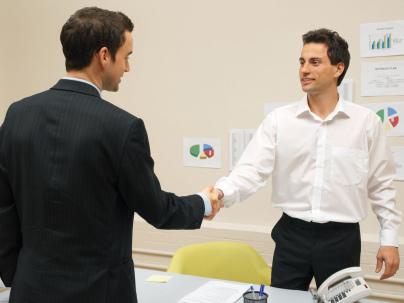 Mit einer ISZ-Ausbildung werden Sie auch für Konferenzen in einer Fremdsprache bereit sein